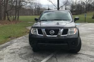 2005 Nissan Pathfinder SE Photo