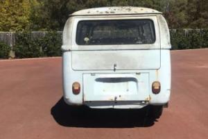Volkswagen Kombi 1969 Photo