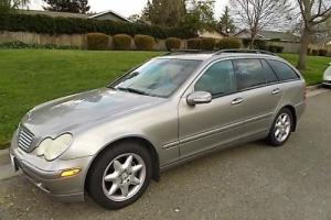 2004 Mercedes-Benz 200-Series C-240 wagon Photo