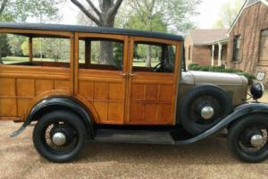 1932 Ford Woody Wagon Photo