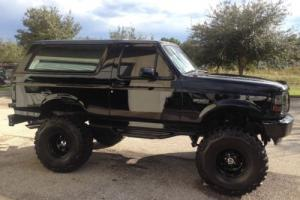 1994 Ford Bronco Photo