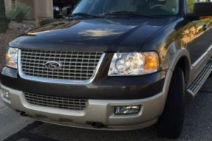 2005 Ford Expedition Photo