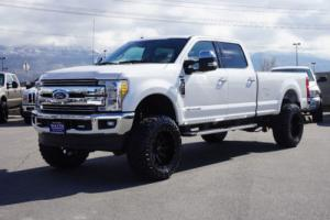 2017 Ford F-350 LARIAT Photo