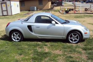 2001 Toyota MR2 Base