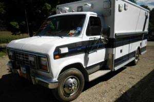 1989 Ford E-Series Van Former Ambulance
