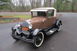 1928 Ford Model A rumble seat
