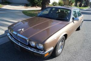 1988 Jaguar XJ6 XJ6 VANDEN PLAS SEDAN Photo