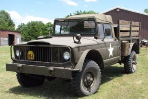 1967 Jeep M-715 Kaiser troop mover