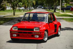 1980 Renault R5 Turbo 2 Le Car Le Fast Photo