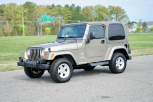 2004 Jeep Wrangler TJ Sahara / Low Miles / Stock / Carfax Certified!!