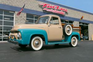 1954 Ford F-100 Pickup Photo