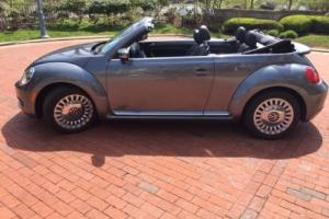 2013 Volkswagen Beetle-New 2dr Automatic 2.5L