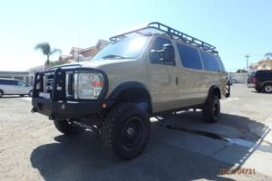 2001 Ford E-Series Van