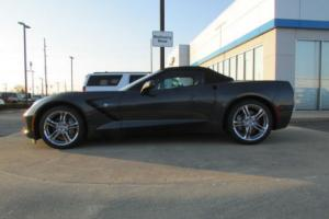 2017 Chevrolet Corvette 2dr Stingray Convertible w/2LT