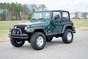 2001 Jeep Wrangler TJ Sport / Lifted & Modified / Carfax Certified!!