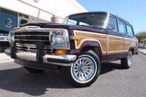 1989 Jeep Grand Wagoneer Limited 4X4 --