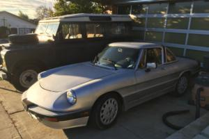 1989 Alfa Romeo Spider Photo