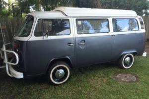 Kombi 1974 Automatic Pop Top with Air Conditioner