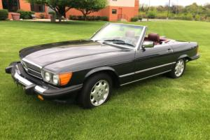 1987 Mercedes-Benz SL-Class Photo