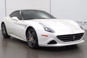 2016 Ferrari California 2dr Convertible