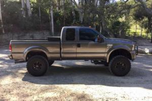 2005 Ford F-350 SuperCab