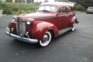 1937 Chrysler Imperial Photo
