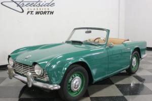 1963 Triumph TR4 Photo