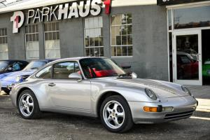 1997 Porsche 911 2dr Carrera Coupe 6-Speed Manual Photo