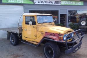 1976 Toyota LandCruiser HJ45 Diesel 4 speed some rust project or farm hack