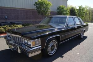 1977 Cadillac Fleetwood Photo