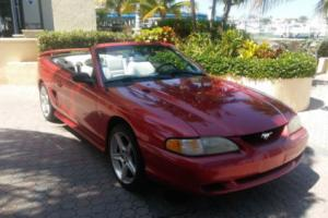 1995 Ford Mustang GT CONVERTIBLE  WITH 27K MILES