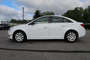 2011 Chevrolet Cruze 4dr Sedan LS