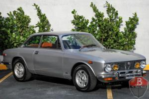 1974 Alfa Romeo 2000 GTV 2000 Photo