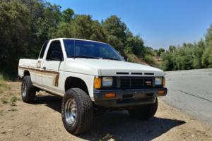 1986 Nissan Other Pickups XE Photo