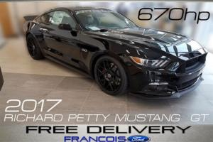 2017 Ford Mustang Richard Petty Edition