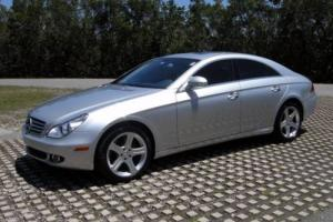 2006 Mercedes-Benz CLS-Class CLS500 Navi Carfax certified Great condition