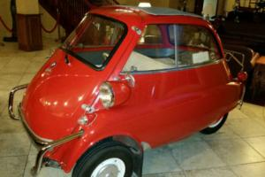 1957 BMW Isetta Photo
