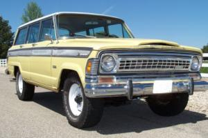 1973 Jeep Wagoneer Photo