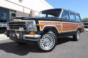 1988 Jeep Wagoneer Limited 4X4 Photo