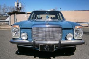 1968 Mercedes-Benz 200-Series Photo