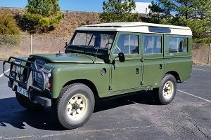 1971 Land Rover Defender --