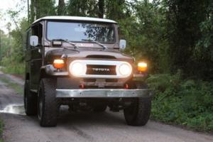 1978 Toyota Land Cruiser Factory upgrade package/Chrome and leather.