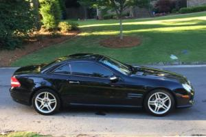 2007 Mercedes-Benz SL-Class AMG package. Premium Package.