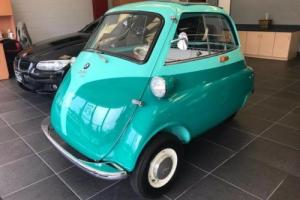 1957 BMW Isetta 300 Fully Restored Photo