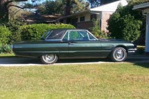 1965 Ford Thunderbird Photo