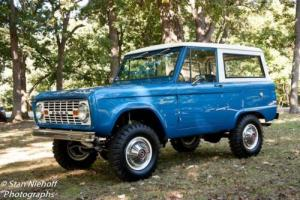 1976 Ford Bronco Photo