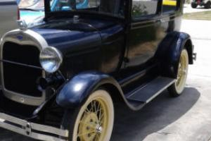 1928 Ford Model A 2 door Photo