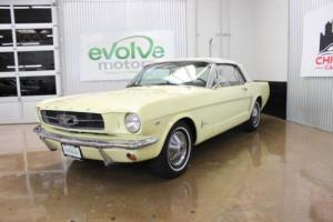 1965 Ford Mustang -- Photo