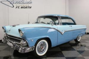 1955 Ford Fairlane Victoria Photo