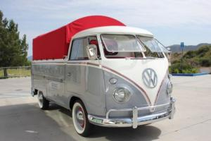 1960 Volkswagen Bus/Vanagon Photo